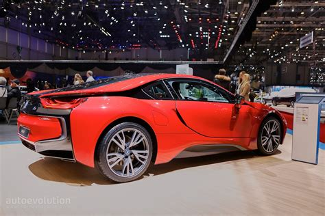 cars bmw red bmw i8 protonic red edition is the beginning of something