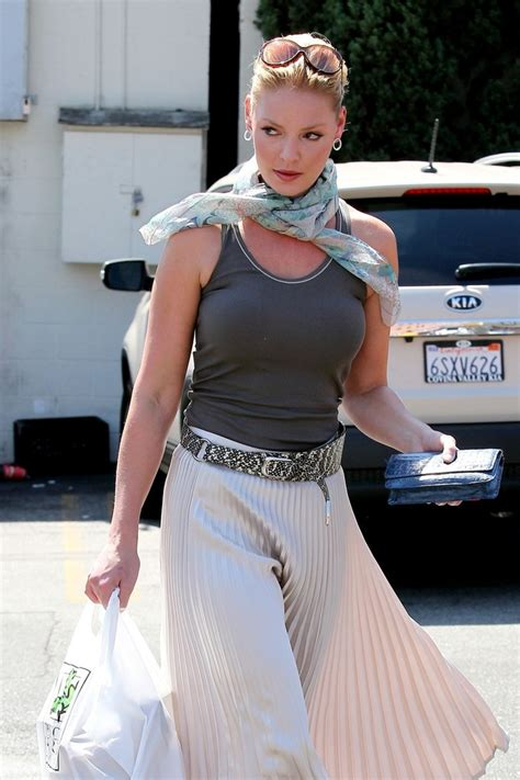 Style Katherine Heigl Fabsugar Want Need 3 by More Pics Of Katherine Heigl Patterned Scarf 3 Of 14