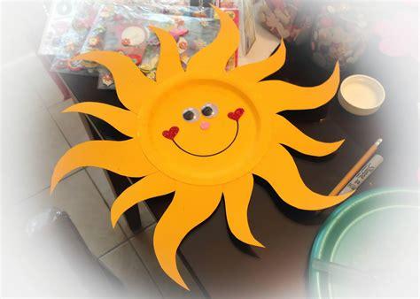 como hacer un sol de unicel con las manitas pintadas como hacer un sol con un plato
