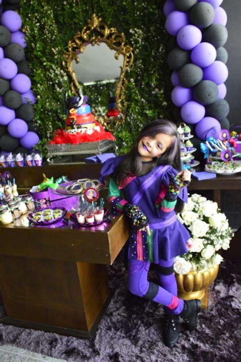 125 best disney descendants birthday party theme ideas and 134 best descendants birthday party images on pinterest