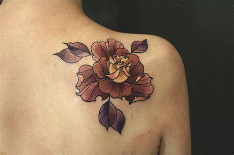 best tattoo flower designs 65 beautiful shoulder blade tattoos