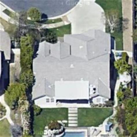 ray romano house ray romano s house former in woodland hills ca virtual globetrotting