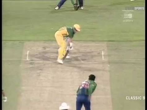wasim akram reverse swing wasim akram perfect yorker to darren lehmann with a