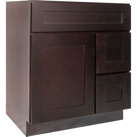 30 inch bathroom cabinet 1000 ideas about 30 inch bathroom vanity on