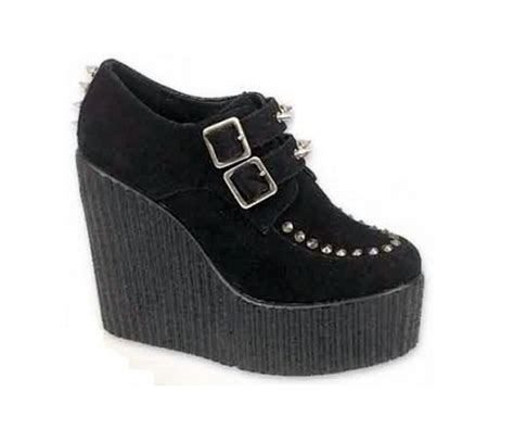 dawntroversial black studded platform creepers