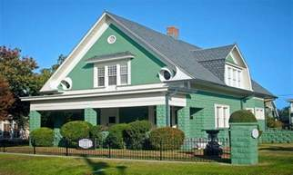 Mint Green Bedroom Ideas green painted houses green exterior house color ideas
