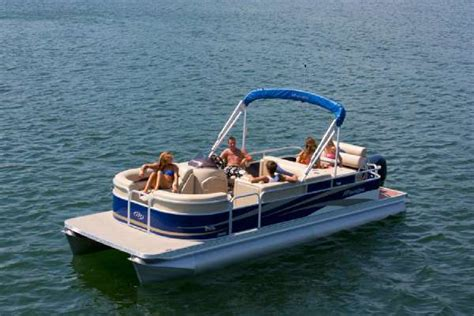 manitou pontoon boats for sale manitou pontoons oasis 24 se boats for sale