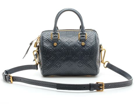 5 Reasons To Buy Louis Vuitton Speedy Bag by Louis Vuitton Speedy Replica Bag One Side