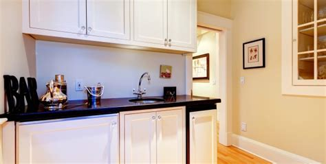 how to paint your own kitchen cabinets smart tips
