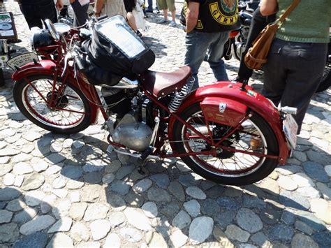 200 Ccm Motorrad Führerschein by Motorradmarke Standard Motoglasklar De