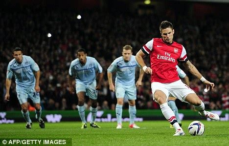 Raidraptor Arsenal Falcon Dble Upr olivier giroud back in business after breaking arsenal duck daily mail