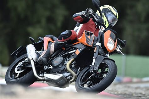 Ktm Motorrad 2016 by Ktm 690 Duke 2016 Test Motorrad Fotos Motorrad Bilder
