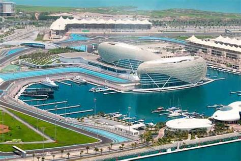 favourite activities for holidaymakers visiting yas island feature visitor s guide to yas marina speedcafe