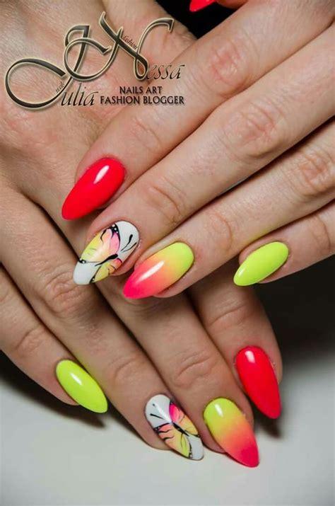 wakacyjne paznokcie top  inspiracji na manicure