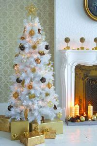 a dazzling christmas decoration choice from b q uk home