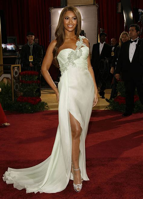 A Closer Look At The Oscars Beyonce Knowles by Beyonc 233 Knowles S Best Style Hits Photo 18