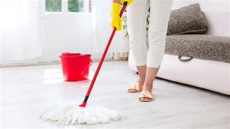come pulire pavimenti come pulire il mocio da pavimenti pulizia mocio pavimenti