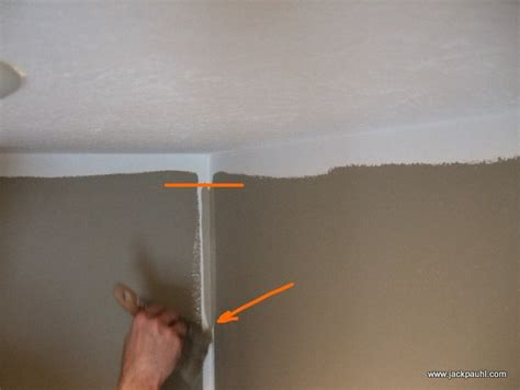 Cutting In A Ceiling by How To Painting Tips Cutting In Ceiling Corners