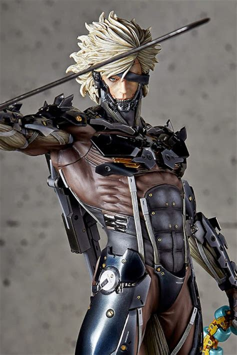 Raiden White Statue By Gecco gecco quot metal gear rising revengence quot 1 6th scale raiden pvc statue with stand is 32 cm scale