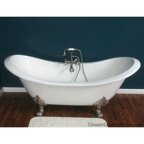 claw foot bathtub 71 quot cast iron double ended slipper clawfoot tub w lions