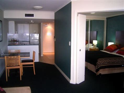 one bedroom apartment in sydney 1 bedroom apartment 63 sqm quest grande esplanade serviced apartments sydney australia