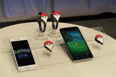 A Closer Look at the Pokémon GO Plus   IGN