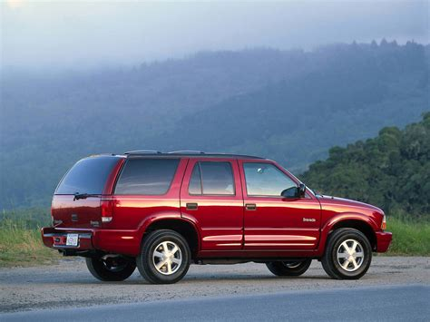 where to buy car manuals 1998 oldsmobile bravada interior lighting oldsmobile bravada 1998 oldsmobile bravada 1998 photo 04 car in pictures car photo gallery