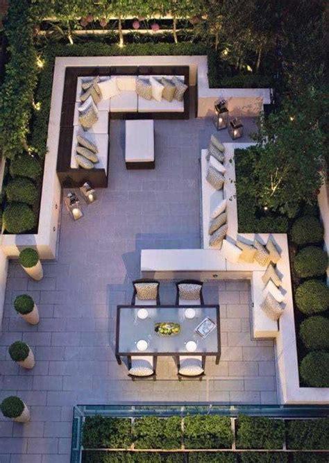 Small Backyards Ideas Best 25 Modern Backyard Ideas On Modern Landscaping Mid Century Landscaping And
