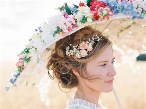 Wedding Hair With Real Flowers by Mariage Aux Notes Ch 234 Tre Chic J Ai Dit Oui