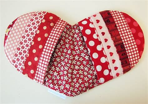 pattern for heart shaped oven mitt 1000 images about sewing oven mitt patterns on pinterest