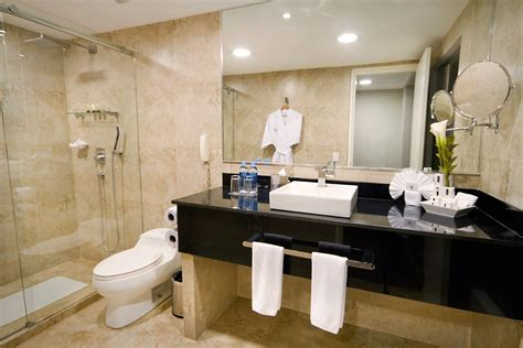 standard hotel bathroom hotels in guayaquil inca small group and luxury private