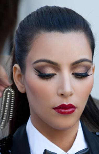 kim kardashians video game makes the quest for fame seem tedious inspira 231 227 o de maquiagem kim kardashian mulher imperfeita