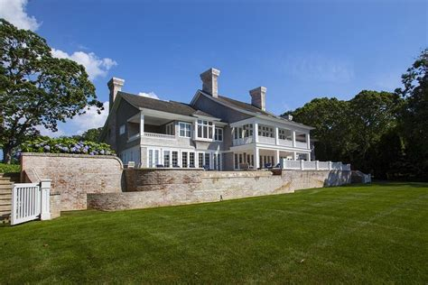 celebrity homes beyonce and jay z hton s home beyonce and jay z buy htons mansion for 26m trulia s