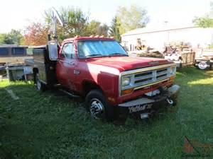 1989 dodge diesel 4x4 1 ton dually 5 spd 11900