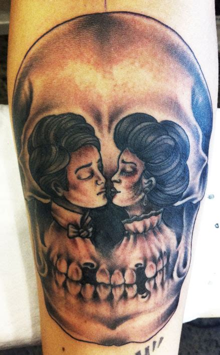 skull kissing tattoo lonsdale lonsdale bondi page 2