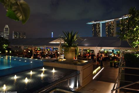 Roof Top Bars Singapore by Lantern Bar Stylish Rooftop Bar At The Fullerton Bay