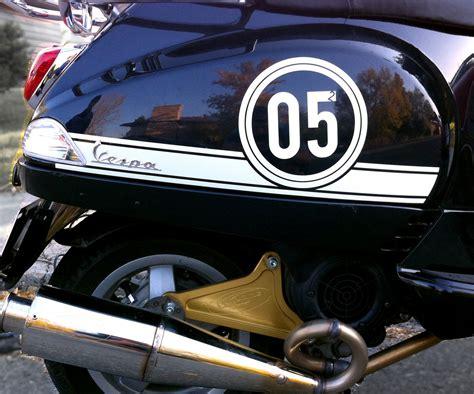 Stiker Running In Vespa 1 vespa scooter decal kits betacuts custom vinyl design