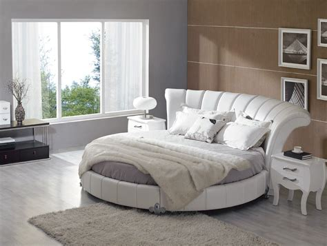 round bed bedroom sets italian round bed photos in wood interior design ideas
