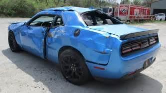 Wrecked Dodge Challenger Dodge Challenger Srt Hellcat Wrecked After Just 18