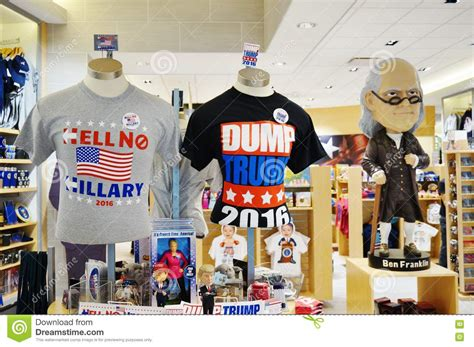 American Souvenir souvenirs and clothing about the 2016 american