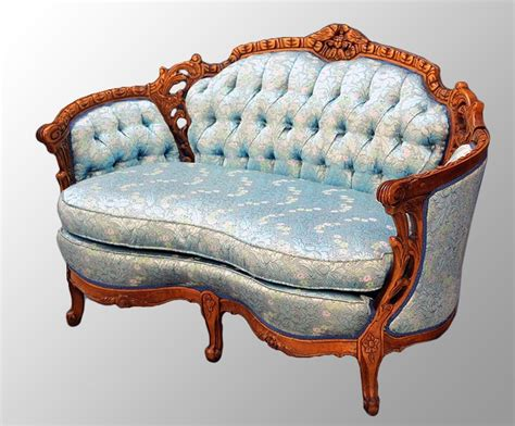 victorian loveseat 99 best victorian settee images on pinterest