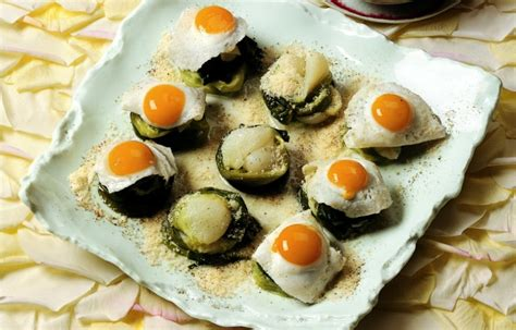 cucinare cipollotti ricetta cipollotti con ovette e menta le ricette de la