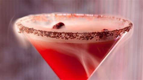 Cosmopolitan Las Vegas Chandelier Bar Popular Cocktail Fire Breathing Dragon Returns To The
