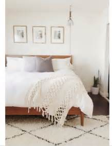 rug ideas for bedroom pin by lovely clusters on bedrooms pinterest neutral bedrooms guest rooms and bedroom frames