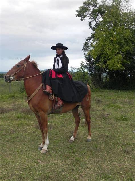 fotos de nenas mamando a caballos 104 best argentina gauchos paisanas imagenes gauchas