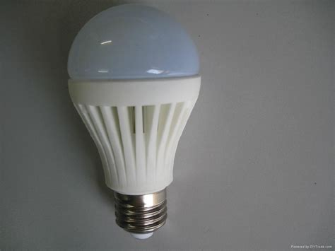 Led Light Bulb Lifespan 6w Ceramic Led Bulb E26 E27 500lm 600lm 700lm 50000hour Lifespan Sca H589 Showme China
