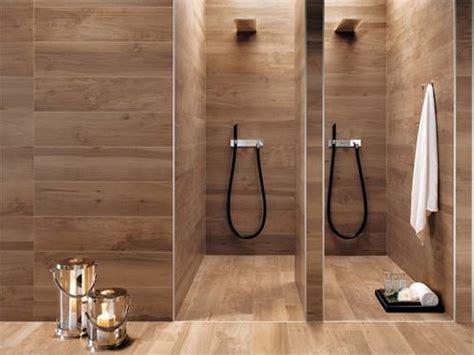 badezimmer fliesen holzoptik the 13 different types of bathroom floor tiles pros and cons