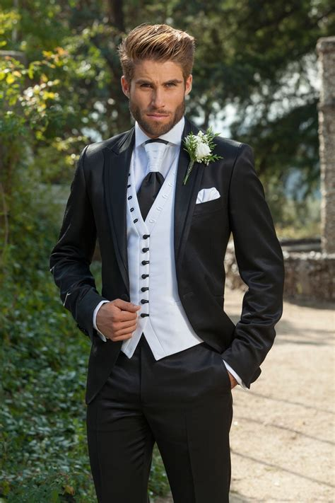 2018 italian men suits Groom Tuxedos Wedding Tuxedos Best