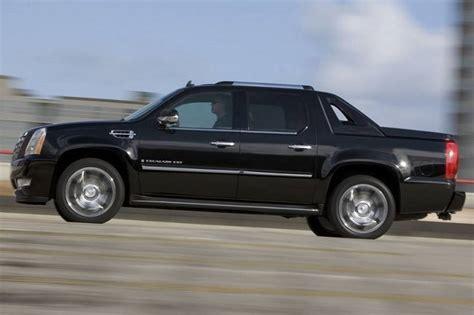2020 Cadillac Escalade Ext by 2020 Cadillac Escalade Ext Review Release Date 2020