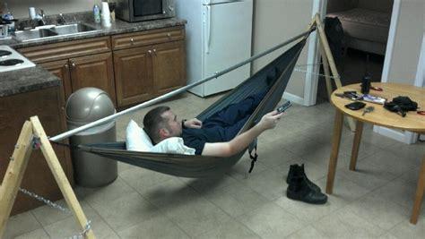 How Do Eno Hammocks Work eno single nest hammock and 30 diy portable stand swinging at work hammock forums gallery